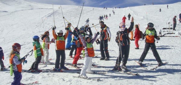 skitem.gr-ski-academy-vasilitsa-greece-akadimia-2014-960x450-02