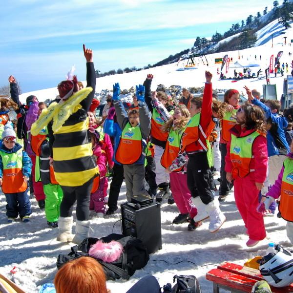 skitem.gr-ski-academy-vasilitsa-greece-end-season-2014-03_resize